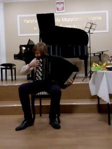 11. Kamil Łukaszewski kl.VI Toccata nr.2 W. Gruszewski - akordeon